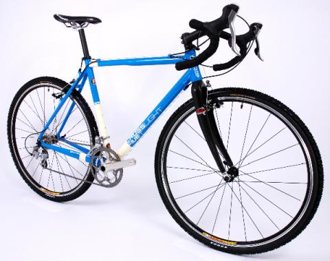 KINESIS UK CROSSLIGHT FIVE T BIKE (2010)